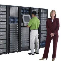 server_rack_w_users_500